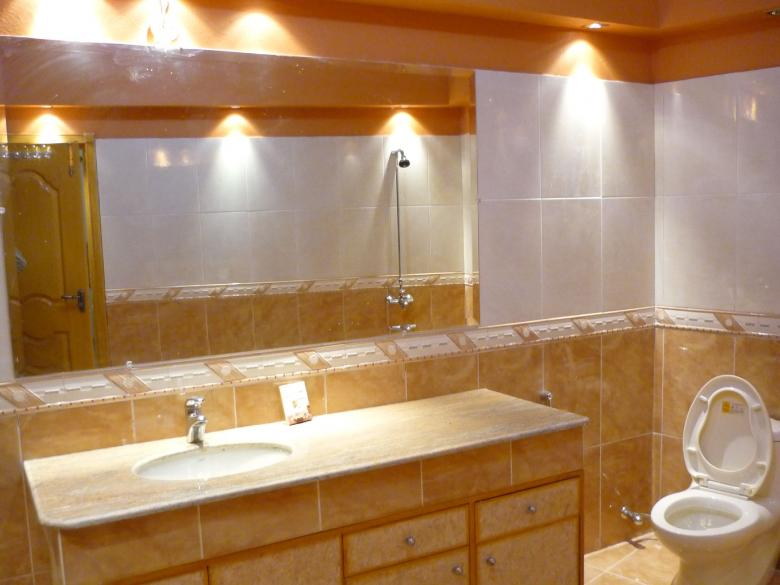 Cosa aggiunge più valore alla tua casa: miglioramenti interni o esterni?